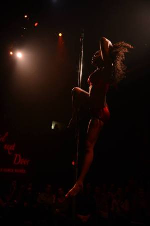 MELODY AMBER Girl Next Door - a pole dance soirée Coaching by Kelly Yvonne VIDEO: COMING SOON!